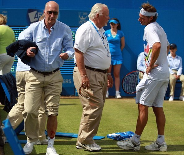 David Nalbandian argues against his disqualification at Queen's