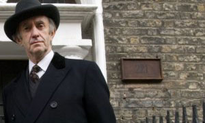 Jonathan Pryce in Sherlock Holmes And The Baker Street Irregulars