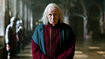 Gaius (Richard Wilson) is worried when the fires of Idirsholas burn for the first time in 300 years