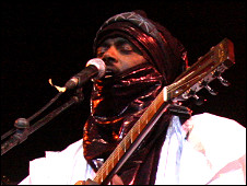 Tinariwen playing in the Festival of the Desert