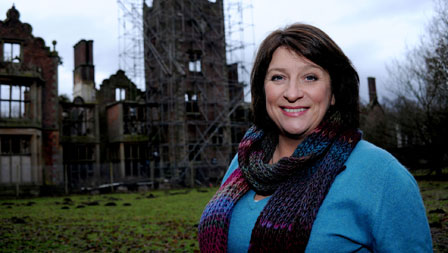 Caroline Quentin follows the progress of another house as it's restored to its former glory