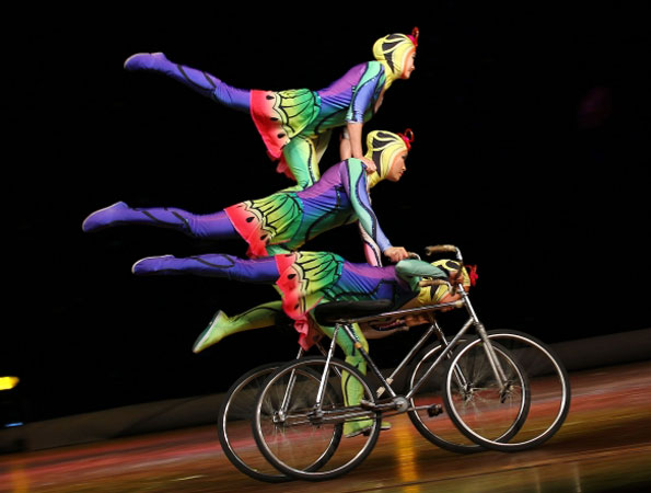 Members of the China National Acrobatic Troupe perform