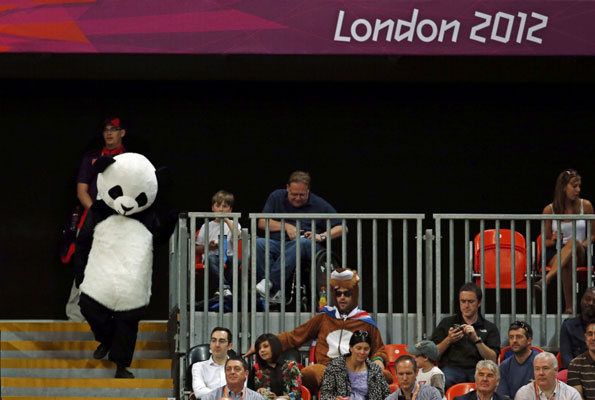 Fan in panda costume