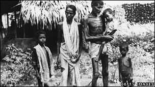 Victims of the famine in Bengal, 1943