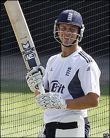 Jonathan Trott looking relaxed in the nets at The Oval