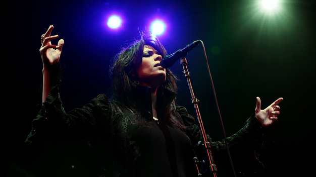 Yasmin Levy live at the Glasgow Royal Concert Hall. Photo by John Lewis.