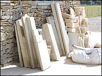 There are several different types - or 'beds' of local stone