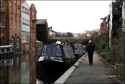 Worcester canal by Florence Wise