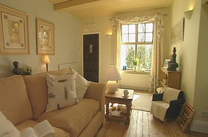 Bbc Homes Design Inspiration Chic Country Cottage Living Room