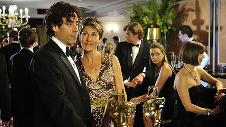 Stephen Mangan and Tamsin Greig in Episodes