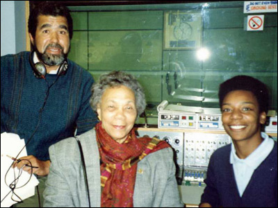 (l-r) Hugh Crosskill, then Dominican Prime Minister Eugenia Charles, and producer Pat Whitehorne