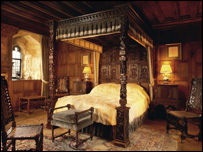 Henry's bedroom at Hever.