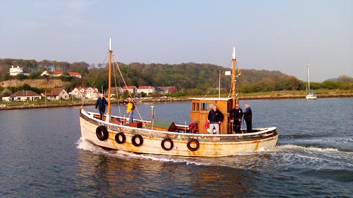 Euan McIlwraith crosses the Forth from South Queensferry to North Queensferry.
