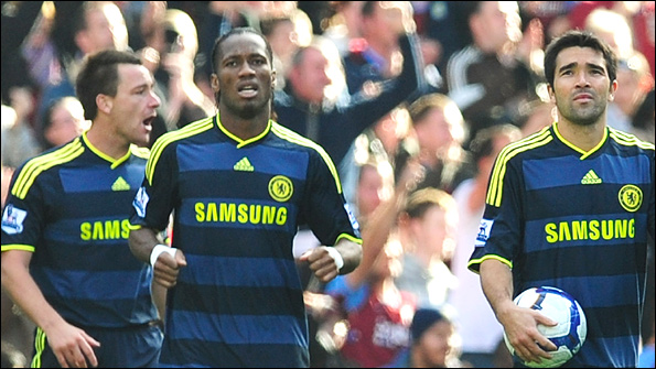 John Terry, Didier Drogba and Deco after Villa's second goal