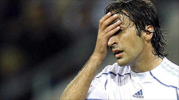 Raul has not had much to celebrate during his time at Schalke thus far. Photo: Reuters
