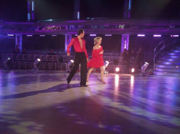 Lulu and Brendan Cole dancing.