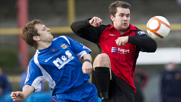 Annan Athletic's Jack Steele and Albion Rovers' Steven Canning