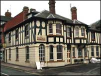 Bridge Hotel, Tenbury Wells where the Riverside Club was