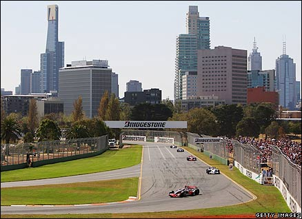Action from the 2008 Australian Grand Prix