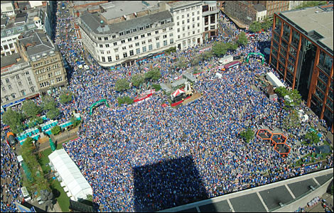 Aerial shot of Rangers fans in Piccadilly Gardens