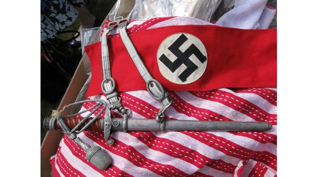Nazi Heer dagger and arm band