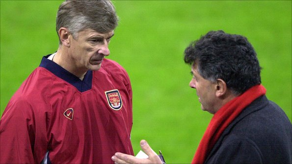Arsene Wenger and David Dein, pictured in 2001