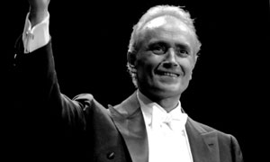 BBC Proms 2008: Operatic legend Jose Carreras performs at Hyde Park, London