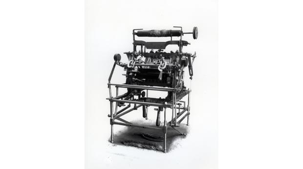 John Heathcote's 2nd patent lace machine model © Nottingham City Museums & Galleries.