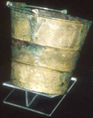 Photo of the bucket that was discovered in a Viking grave in Skei
