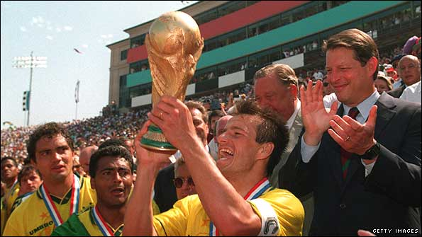 Dunga lifts the World Cup in 1994