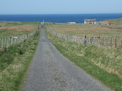The road into the machair from Suainebost