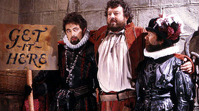 Blackadder, Baldrick and a sailor