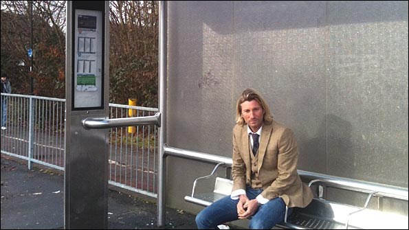 Robbie Savage, bus stop, Crawley