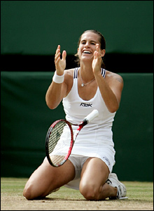 If women's champion Amelie Mauresmo defends her title she'll pick up the same prize money as the men's champion