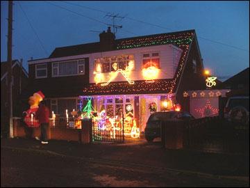 Bbc Stoke Staffordshire Entertainment Christmas House Lights