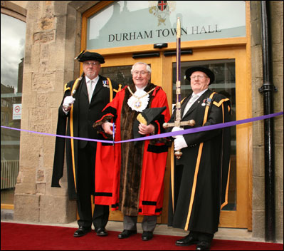 Cutting the ribbon © Durham City Council