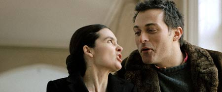 Kate (Shirley Henderson) and Petruchio (Rufus Sewell)