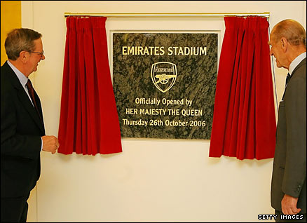 Peter Hill-Wood (left) officiates at the opening of the Emirates Stadium, alongside the Duke of Edinburgh