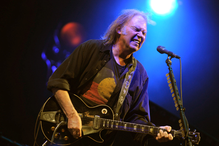 neil-young2.jpg