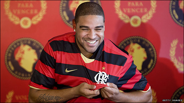 Adriano at the press conference to announce his move to Flamengo