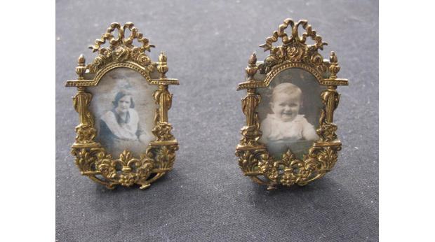 BBC - A History of the World - Object : Miniature photo frames