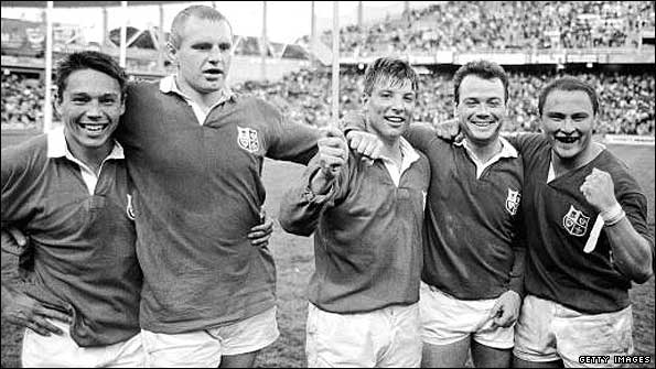 (From left) Rory Underwood, Dean Richards, Rob Andrew, Ieuan Evans and Brian Moore celebrate victory with the 1989 Lions in Australia