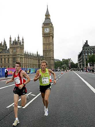 BBC - London - Sport - Asics British 10K London Run 50c5f76af9
