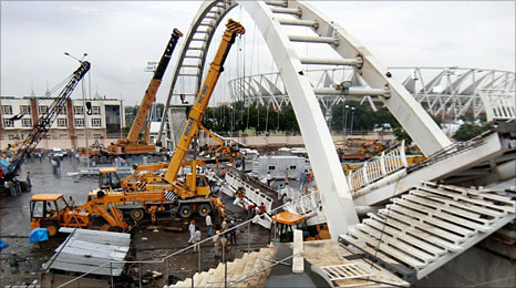 Collapsed bridge at the Commonwealth Games in Delhi