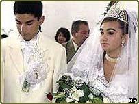 Cautand femeie cre? tina pentru nunta Site serios se datoreaza site- ului