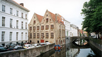 Bruges street scene with canal © BBC