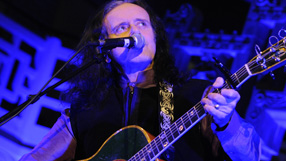 Watch Donovan at this year's Radio 2 Folk Awards