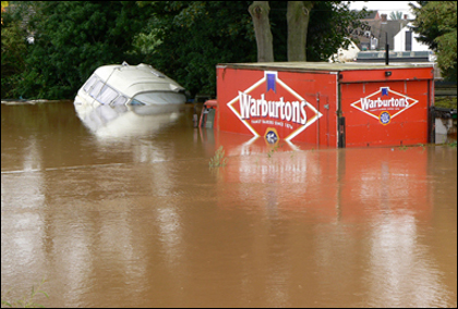 Flooding in Upton-upon-Severn July 2007