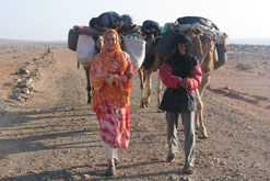 Paula Constant and Saharawi guide (copyright: Paula Constant)