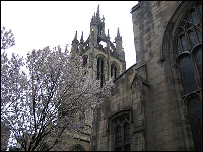 cathedral_exterior_400x300.jpg